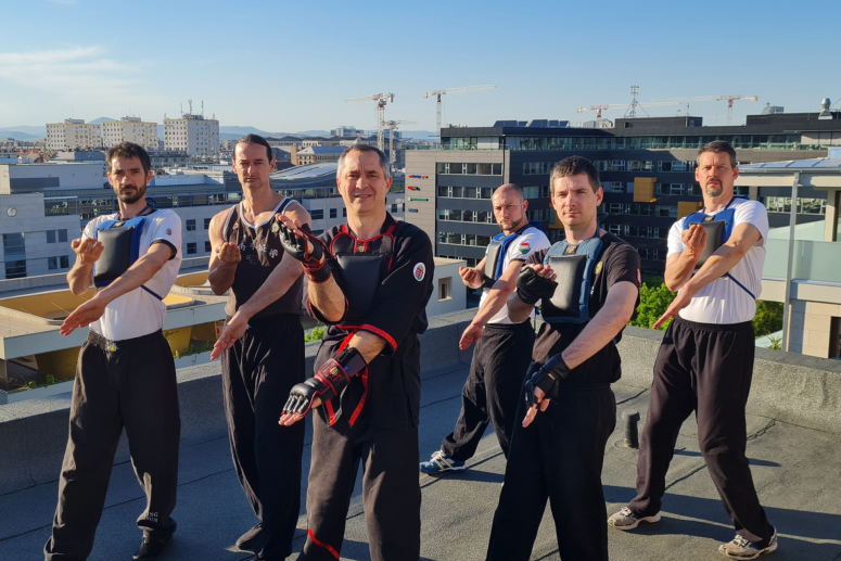 Újbudai Wing Tsun Kung Fu Klub edzése egy Budapesti toronyház tetején